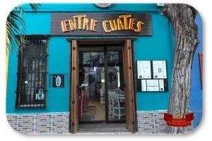 rotulo-oval-restaurante-entre-cuates-1000x666